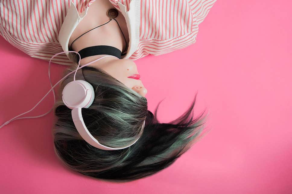 21 01 person with headphones podcasts - Learn English While You Sleep, Why Not?