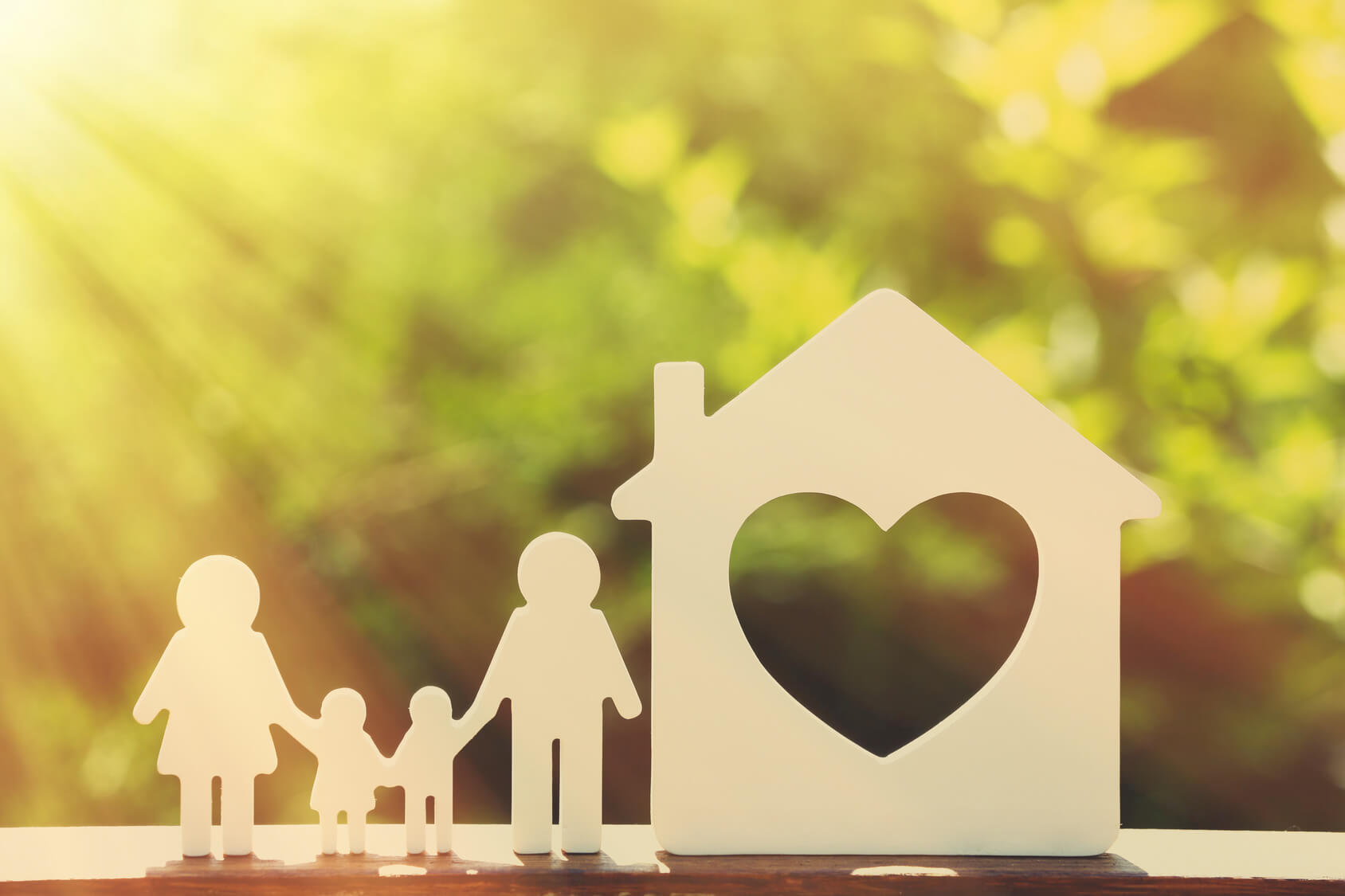 Family Cutout Heart Fotolia 101077810 - Vocabulary To Talk About Family In English