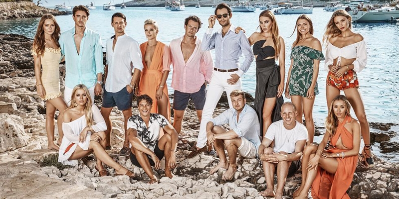 tv show anh quoc hoc tieng anh made in chelsea - 10 Best British TV Shows To Improve Your English
